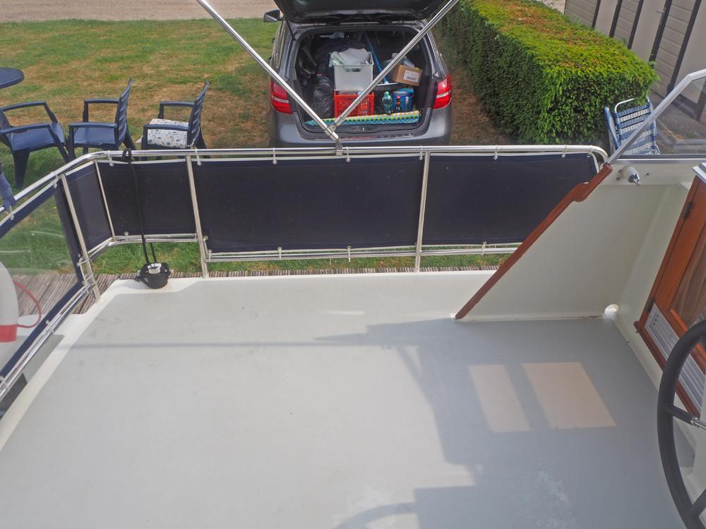 picture Deck equipment