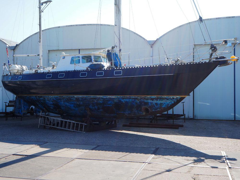 Black Pearl 42