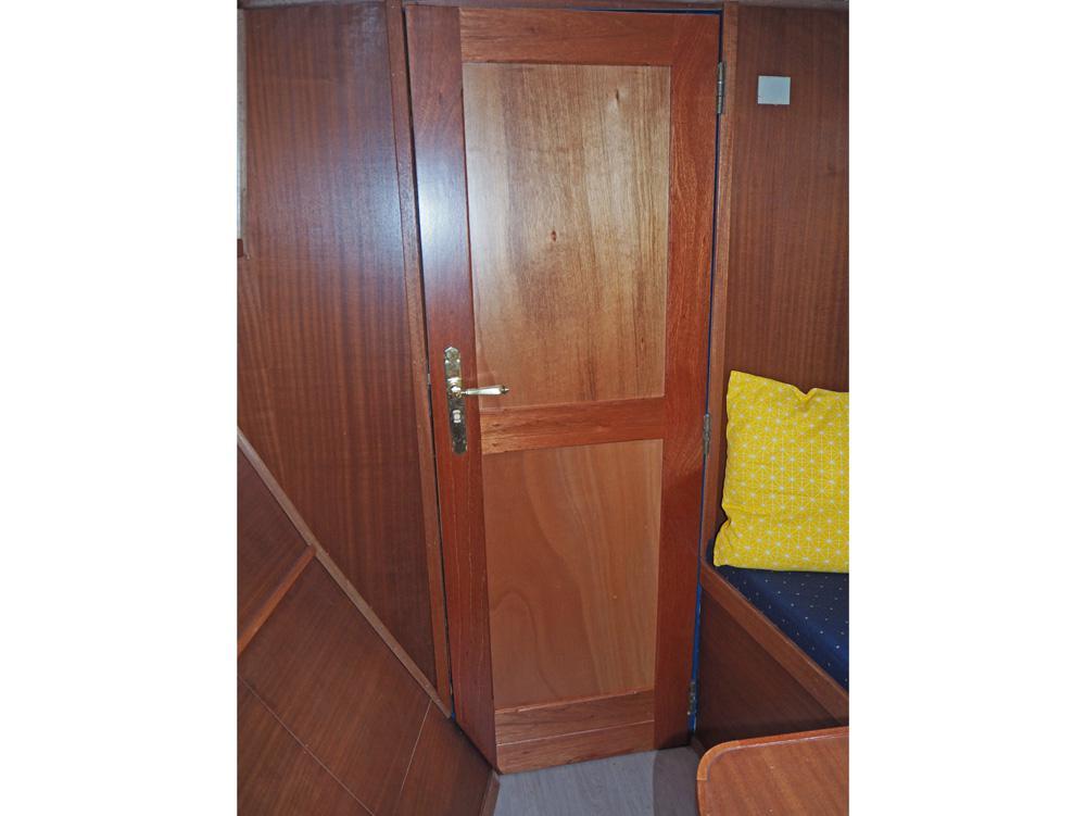 Frontcabin, Accommodation
