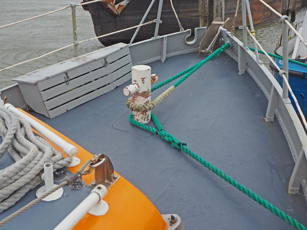 Deck equipment