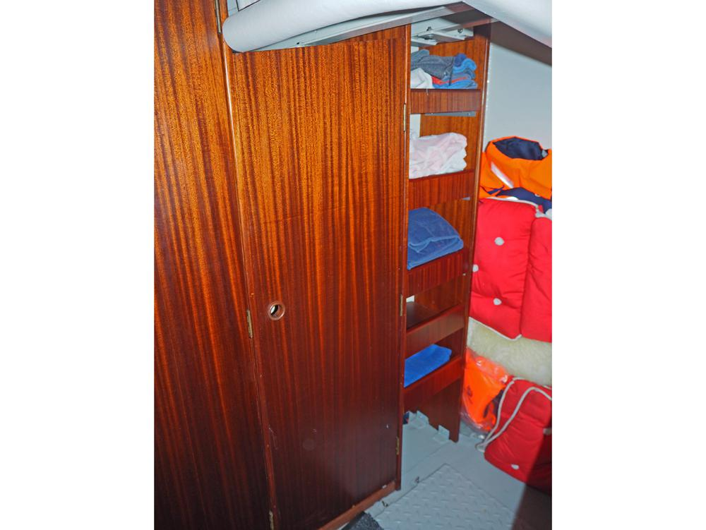 Frontcabin, Accommodation